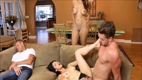 Mom And Daughter Fuck Boyfriend In Front Of Dad
