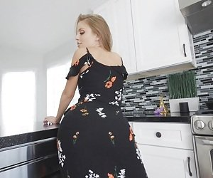 MILF Kitchen Videos